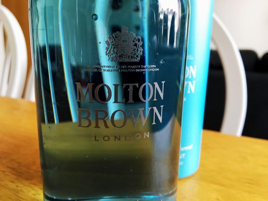 Molton Brown Coastal Cypress & Sea Fennel Review - 4